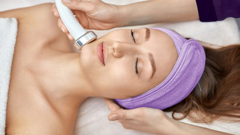 Top 5 Best Face Massage Machine for Younger Looking Skin
